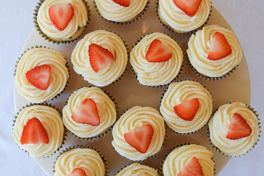 Strawberry_Cupcake_Recipe_10-900x600